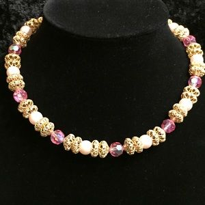 Jewelry - Vintage Pink Necklace JJ009